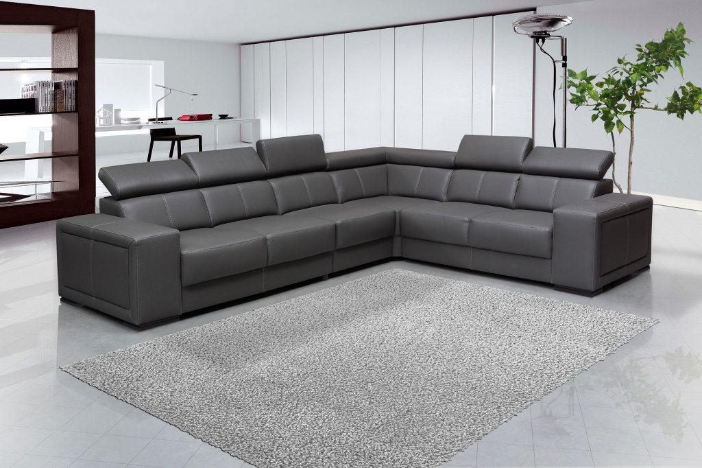 sofa-1693689_1920